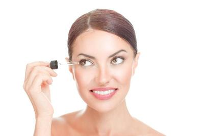 Best Eyelash Growth Serums Reviews and Guide
