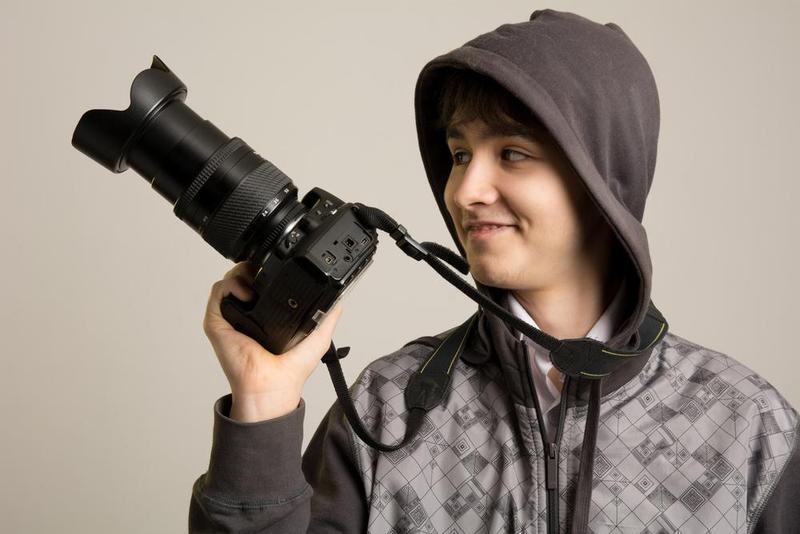 Best Camera Strap For DSLR