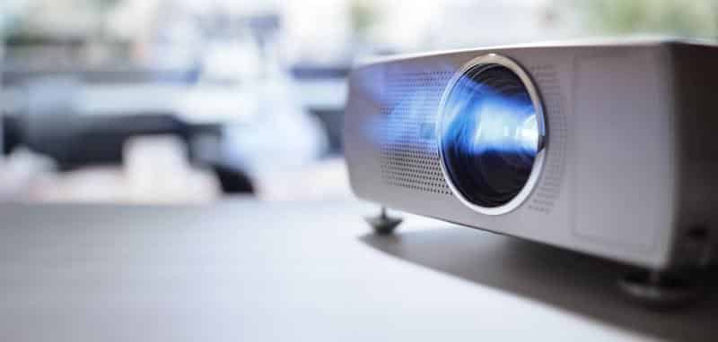 Reviews Of Top Three Projectors For Nintendo Switch