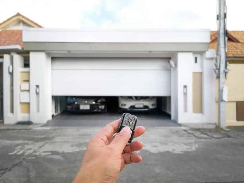 Best SmartThings Garage Door Openers