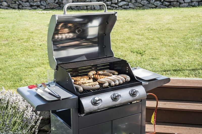 How To Choose Best Gas Grill Under $300