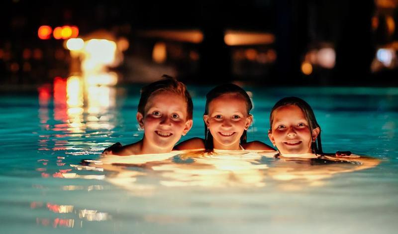 Best Swimming Pool Lights