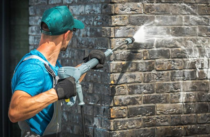 Cordless Water Pressure Cleaner - Buying Guide